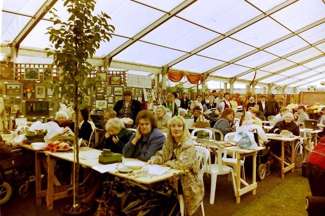 10. Coombe Abbey - Elderflower festival